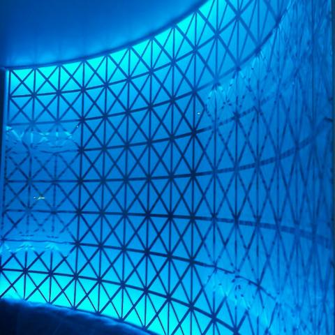 Декоративна акрілова перегородка з внутрішньою підсвіткою
