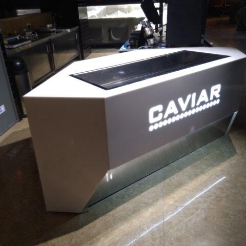 Торговельне обладнання з ємностями для льоду, виготовлені з акрилу, нержавіючої сталі і LED підсвітки