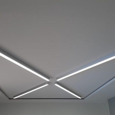 Линейные светильники изготовлены под заказ